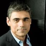 """Pablo Simonetti: """"La familia es el lugar donde todos se quieren e igualmente se hieren"""""""