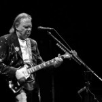 Suena Bien: Neil Young