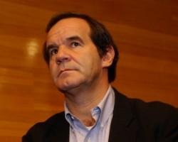 Ministro de Defensa Andrés Allamand