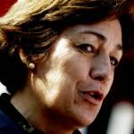 Alcaldesa de Providencia restringe horario de venta de alcohol