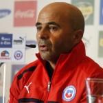 Jorge Sampaoli señala que participación de Arturo Vidal en el Mundial deberá evaluarse la próxima semana