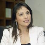 """Michèle Labbé: """"Otros países como Libia pueden cubrir la oferta de Irak, pero eso no impide el alza de precios del petróleo"""""""