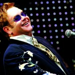 Suena Bien: Elton John