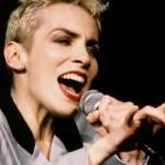 Suena Bien: Annie Lennox