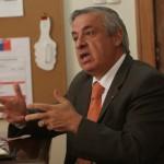 45% de los chilenos abandona tratamientos por costo de medicamentos según Ministerio de Salud