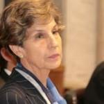 Presidenta del Senado expresa desacuerdo con que el Estado compre colegios subvencionados