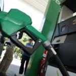 Precio de las bencinas subiría $5 por litro a partir del jueves