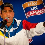 Capriles viaja a Perú tras reunión con Sebastián Piñera