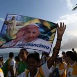 Bloque Internacional: Fin de la visita a papal