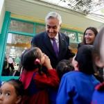 Presidente anuncia nueva política de salas cuna