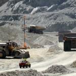 Trabajadores contratistas de Anglo American se manifiestan en las distintas instalaciones
