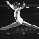 Momentos Notables: Nadia Comaneci recibe un 10