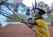 Indígena protesta en Brasil