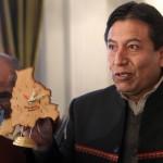 Cancillería entrega nota de protesta a Bolivia por reloj con mapa que incluye una salida al mar