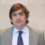 "Ramón Iturriaga: ""Hay que apostar por empresas mediadas que están en el Ibex: bancos locales, aseguradoras, hoteles e industriales"""