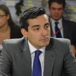 """Ministro Peñailillo advierte que si conflicto en la Araucanía """"no lo enfrentamos todos, no encontraremos la salida"""""""