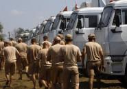 Convoy ruso de ayuda en frontera con Ucrania