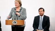 Michelle Bachelet y Alberto Arenas