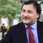 """Juan Pablo Larraín: """"Los extranjeros van a aprovechar las oportunidades que se den por el pesimismo de los chilenos"""""""