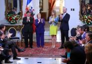 Bachelet firma proyecto para financiamiento de la política