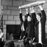 Momentos Notables: La NASA comienza sus funciones