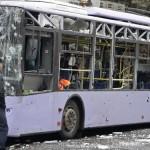 Fuerzas prorrusas humillan en público a soldados ucranianos capturados