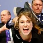 """Activista se lanzó sobre presidente del BCE gritando """"abajo la dictadura"""""""
