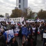 Edición 13 horas: Profesores disidentes aprobaron someter a consulta nacional continuidad del paro