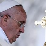 """El papa Francisco elogió a la mujer paraguaya y la catalogó como """"la más gloriosa de América"""""""