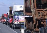 CURICO:Caravana de camiones