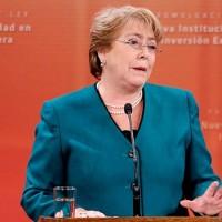 Bachelet critica evo