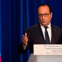 Francois Hollande (LT)