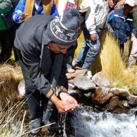 Evo Morales en el río Silala