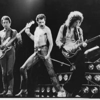 freddie-mercury-and-queen