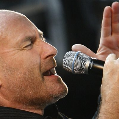 Phil Collins of Genesis performs during an outdoor concert to kick off the bands first North American tour in 15 years in Toronto, September 7, 2007.     REUTERS/ Mike Cassese   (CANADA)
