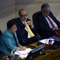 29 de Noviembre del 2016/VALPARAISO  Los Ministros Adriana Delpiano , Rodrigo Valdes , Nicolas Eyzaguirre , durante el informe de la Comisión Mixta para la ley de Presupuestos 2017 que se analiza en el Senado FOTO:PABLO OVALLE ISASMENDI/AGENCIAUNO