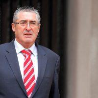 El senador se refirió a los dichos de Andrés Zaldívar sobre la crisis de la DC.