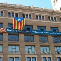 España: Constitucional prohíbe a Cataluña usar denominación Asunto Exteriores