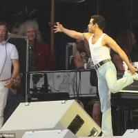 Rami Malek como Freddy Mercury en grabación de Bohemian Rhapsody. Foto: Daily Mail