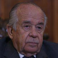 11 de Julio de 2016/SANTIAGO El Senador Andres Zaldivar durante la sesi—n de la Comisi—n Especial Mixta de Presupuestos con el objeto de conocer la actualizaci—n de proyecciones fiscales para el a–o 2016 y presentar el informe de evaluaci—n de la gesti—n financiera del sector pœblico de 2015 y la actualizaci—n de proyecciones de 2016. La sesi—n fue realizada en el Ex Congreso Nacional. FOTO: PABLO VERA LISPERGUER/AGENCIAUNO
