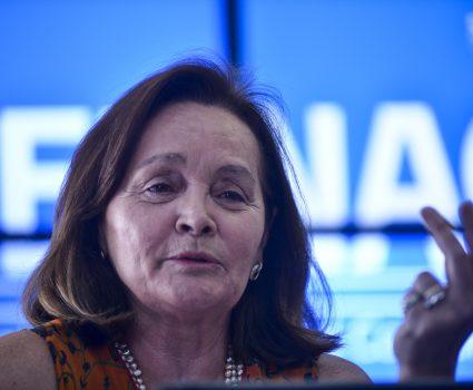 3 Marzo de 2015/SANTIAGO La fundadora del Centro Mori, Marta Lagos, revela los resultados de la Primera Radiografía del Consumidor de Chile e indica los porcentajes de vulnerabilidad de los consumidores FOTO: PABLO ROJAS MADARIAGA/AGENCIAUNO
