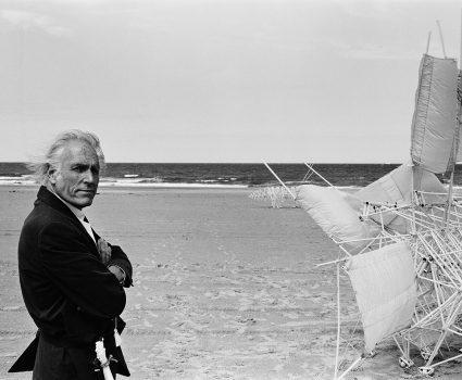 """Theo Jansen y su exposición """"Algoritmos del viento"""""""