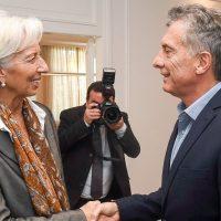 La directora del FMI, Christiane Lagarte, junto al presidenta de Argentina, Mauricio Macri.