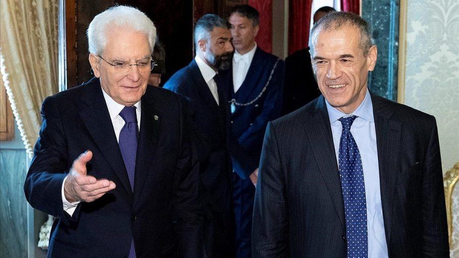 Presidente de Italia junto al pimer ministro de transición