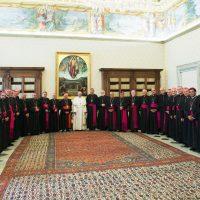 Papa Francisco con los obispos chilenos