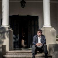25 de octubre de 2017 Eduardo Silva, Padre jesuita y rector de la Universidad Alberto Hurtado. en entrevista para Reportajes del Diario La Tercera foto: Marcelo Segura