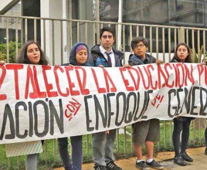 Marcha contra la educación sexista.