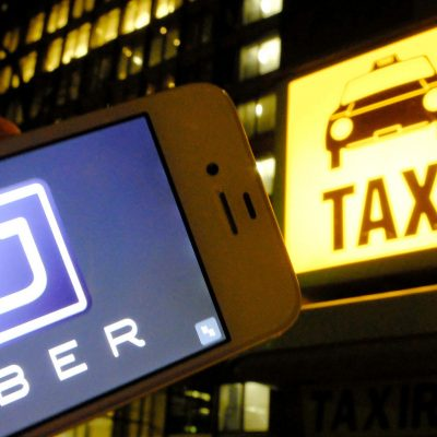 Uber y taxis