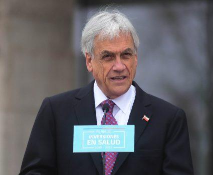 27 de agosto de 2018/SANTIAGO El Presidente de la República, Sebastián Piñera, acompañado del ministro de Salud, y el ministro de MOP, presenta el Plan de Inversiones en Salud 2018-2022. FOTO: SEBASTIAN BELTRAN GAETE/AGENCIAUNO
