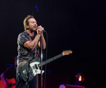 Pearl Jam realiza cover de David Bowie